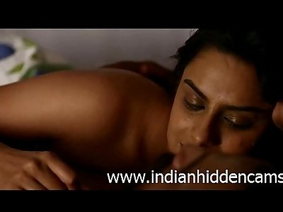 Bollywood Indian Actress Neha Mahajan Nude - IndianHiddenCams.com
